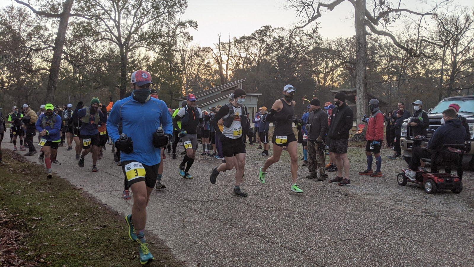 100 mile runners at the beginning of the loup garou trail run in louisiana